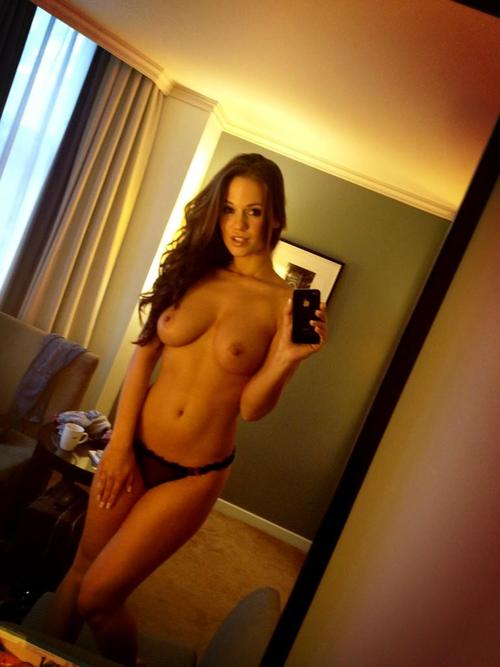 belle femme nue en cam 29