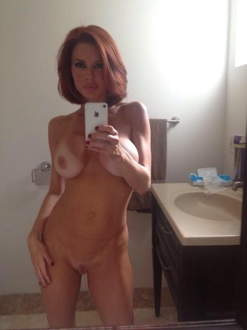 sexy femme nu pour le live érotique 07