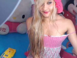 un corps parfait pour cette femme en webcam 098