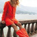 femmes-belles-en-cuissardes-cuir-077