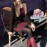femmes-belles-en-cuissardes-cuir-099