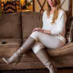photos-femme-en-cuir-et-cuissardes-102