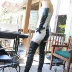 photos-femmes-en-cuir-et-cuissardes-sexy-155